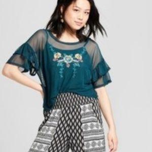 Women's Bell Sleeve Embroidered Crop Top - Xhilara